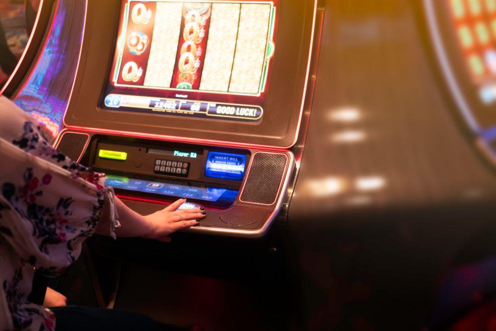 Internet cafe casino software